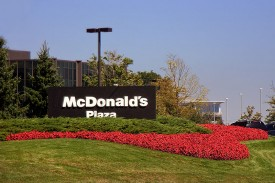 Judge gives McDonald's workers ok to sue over payroll cards